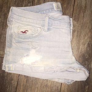 Hollister size 1/25 light jean shorts